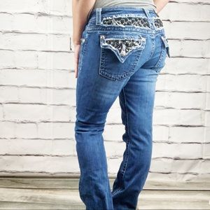{Miss me} boot cut jeans bout pockets
